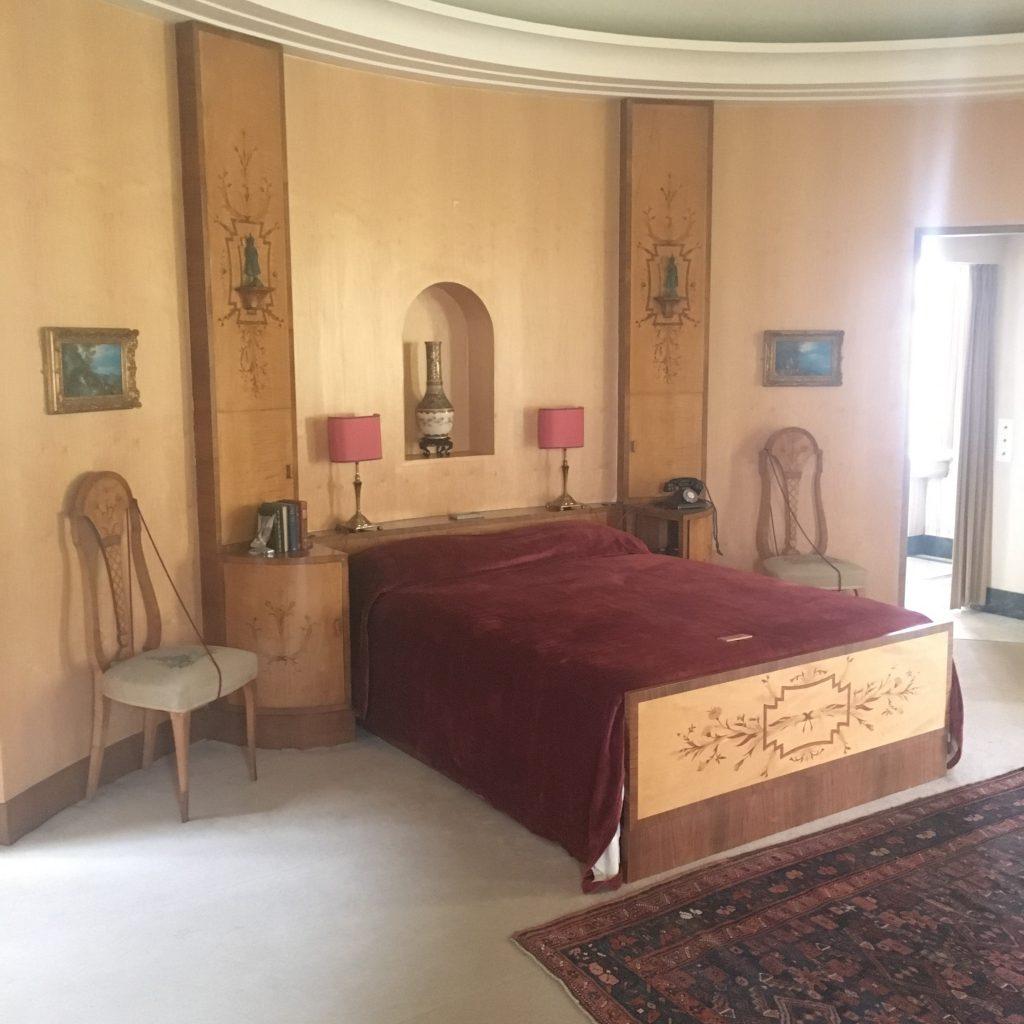 Ginnie's boudoir - Helen Beaumont